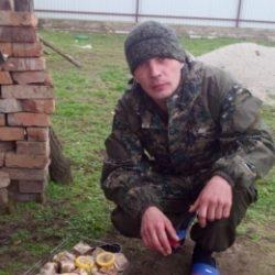 Парень из Таганрог. Ищу девушку для нежного анального секса