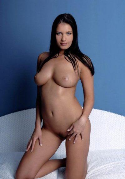 Миниатюрная девушка брюнетка! Ищу мужчину для секса в Таганрое!